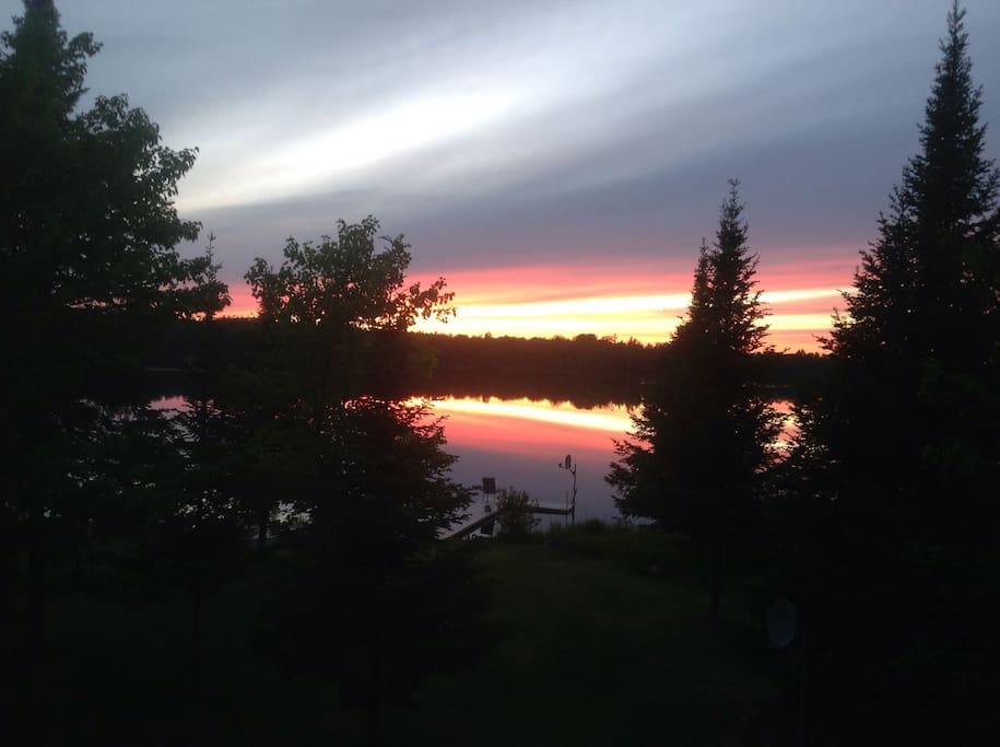 clam lake chat rooms Land for sale: land located at clam lake road, bellaire, mi 49615 on sale for $149,000 mls# 1838798 660' on clam lake to over 9 acres a wildlife sanctuar.