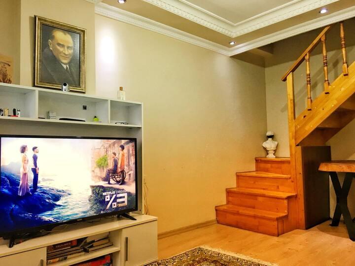 Feel as your home!   4.Levent   Çatı Katı