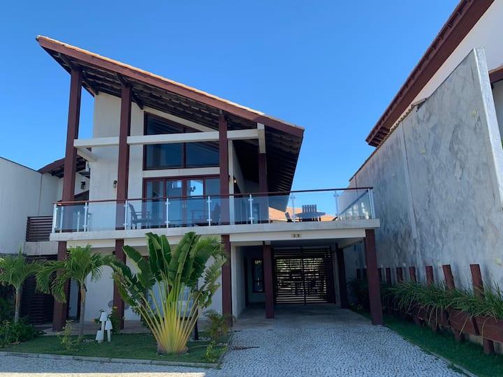 Linda casa no TBR ,4 quartos com piscina privativa