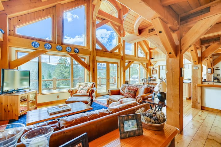 Evening Star: amazing mountain home in the Rockies