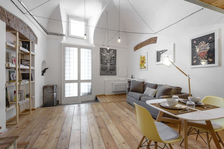 Loft in ex-stables of ancient palace
