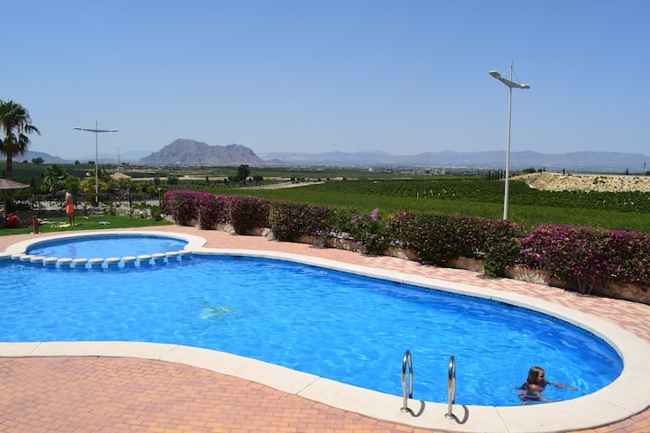 Stylish Bungalow & Pool with Golf, Spa and Beaches