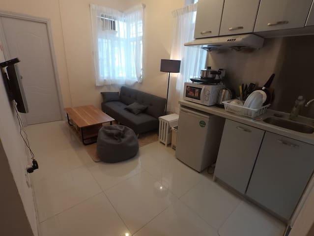 Large 2 room w/suite Tsim Sha Tsui 1minMTR尖沙咀大兩房兩廁