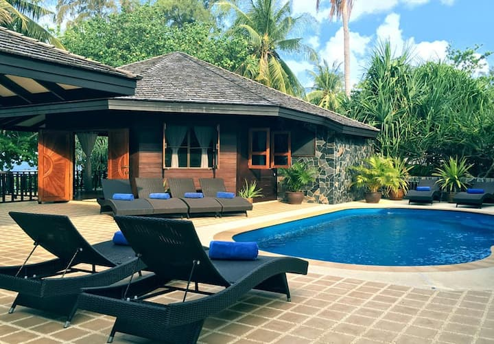 Luxury Four Bedroom Beach Pool Villa Hideout