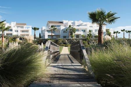 Appartement luxueux dans un paradis tropical - Casares - Apartamento