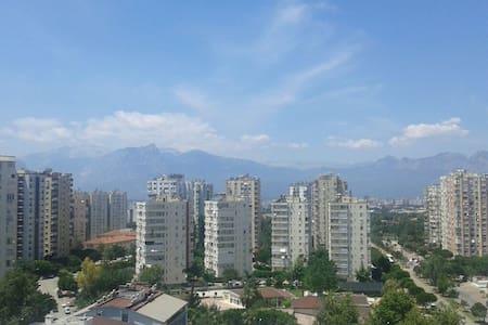 Central,sea view,spacious,clean family house - Muratpaşa