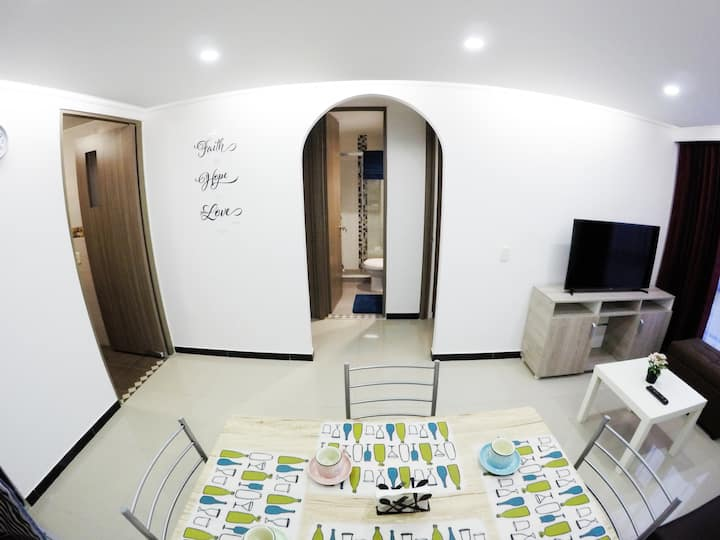 ✪  Beautiful New Apartment! Close to Airport Wi-Fi