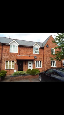 2 bed modern mews house in the countryside
