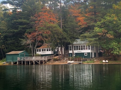 Waterfront Cottage on Silver Lake with Dock