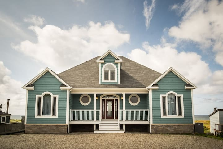 Beautiful New Home on Cabot Links Golf Course