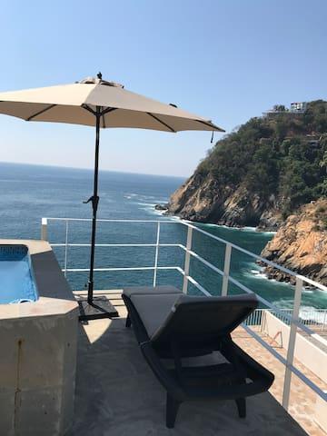 Romantic Acapulco Getaway Villa