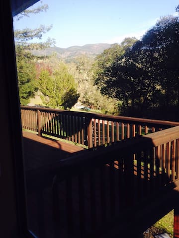 Sea of Dreams: Room with a View - Ukiah - Rumah