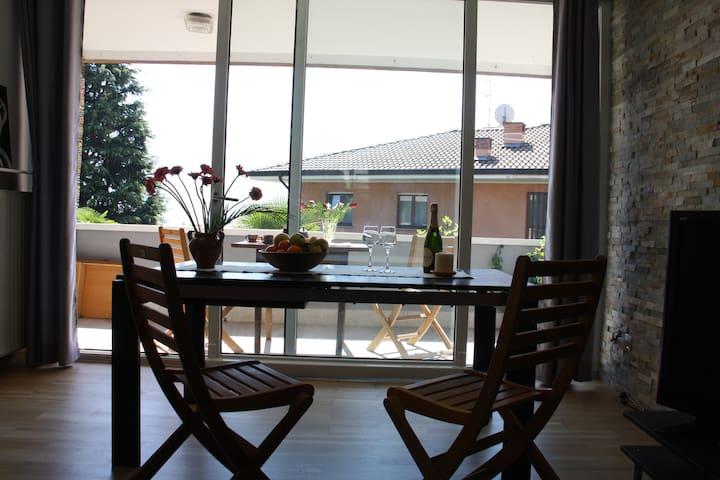 Appartamento 24: spazioso, indipendente e luminoso - Riva del Garda - Appartement