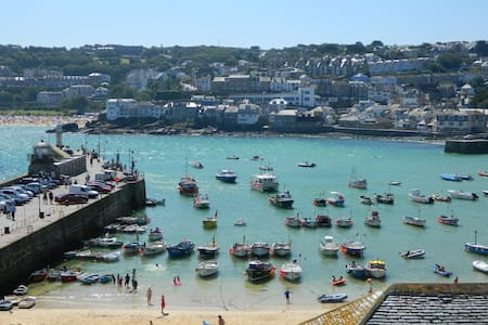 Harbourside Stunning 3 Bed house w Panoramic Views - Saint Ives