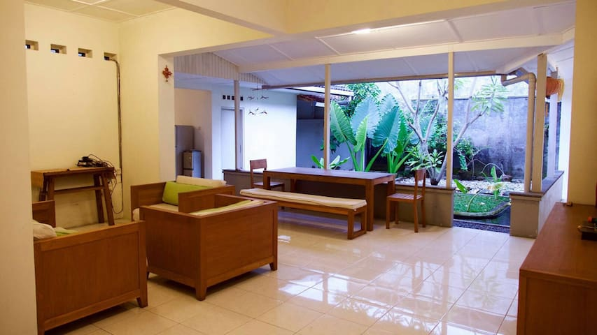 Comfortable house in strategic area - Daerah Istimewa Yogyakarta - Casa