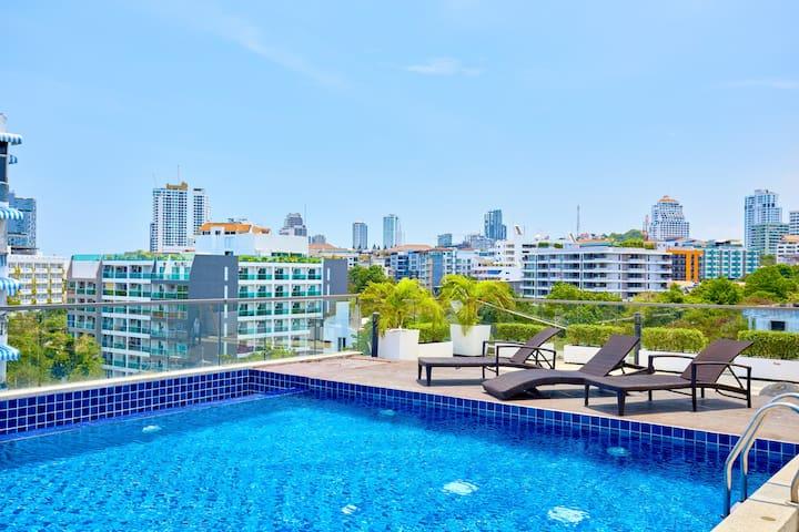 Laguna Bay 2-Studio with top roof pool!!