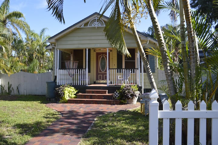 Historic home a short walk from downtown St. Pete!