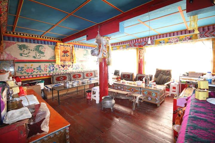 来塔公拉索,过一天本土藏民生活 - Ganzi Zangzuzizhizhou - Apartment
