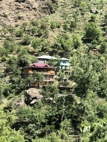 Tirthan Riverview 3