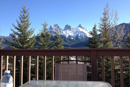 Roomy mountain adventure basecamp - Canmore - Pis