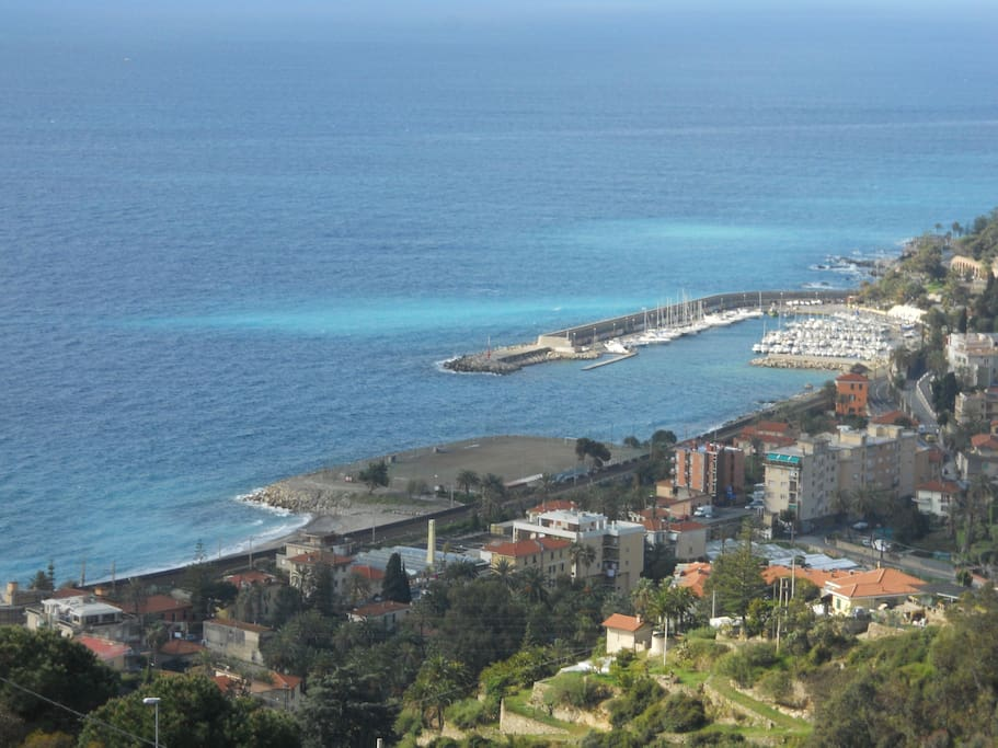 bordighera chat rooms Located 22 miles from nice, le chat noir offers pet-friendly accommodations in bordighera.