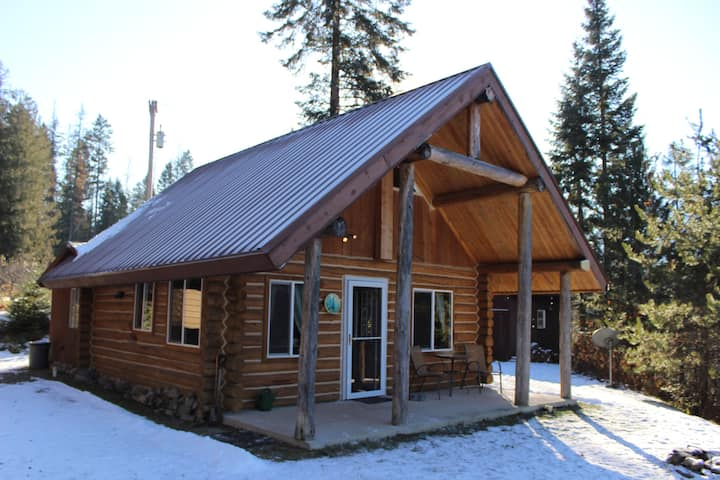 The Cabin At Clark Fork And The Cabinet Gorge