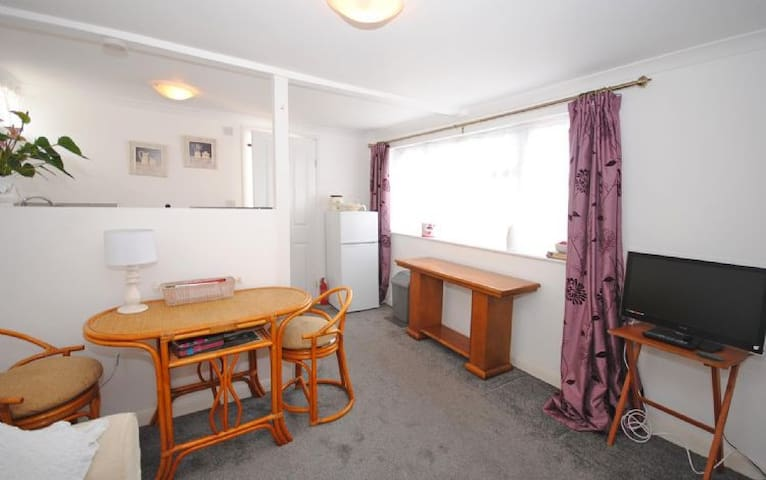 Rose Cottage, Selsey - Selsey - House