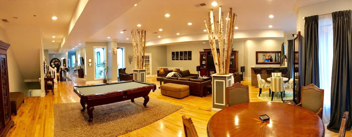 Luxury Penthouse in the hottest area of the city