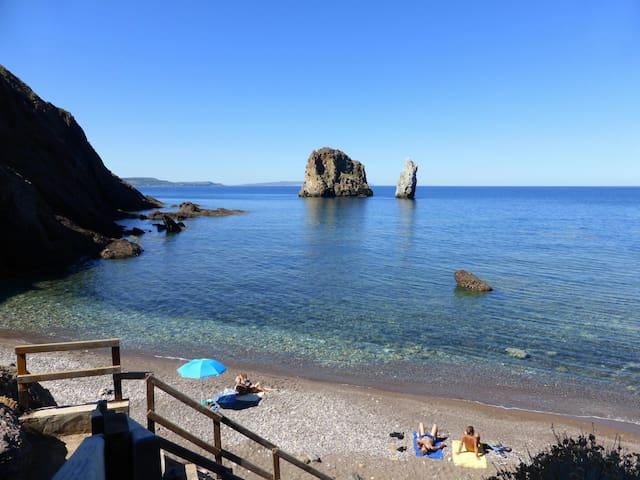 Cottage, trekking, rock climbing, beach, Sardinia