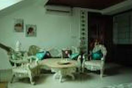 Abhivaadan serviced apartment - Rai Durg - Teljesen felszerelt lakás