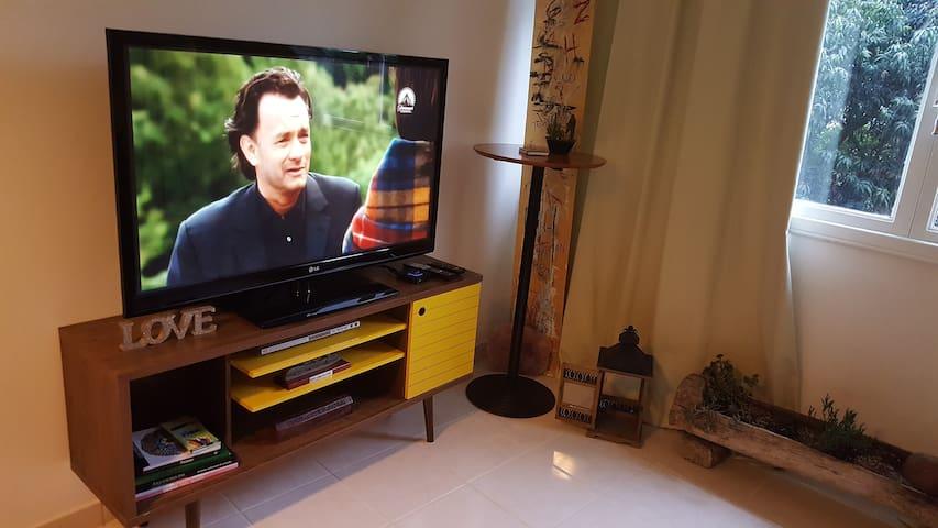 APTO DESING SOBRE O MAR-ILHA PORCHAT WI-FI TV CABO