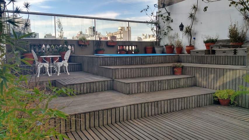 Casa San Telmo. Deck Terraza Piscina Quincho Full.