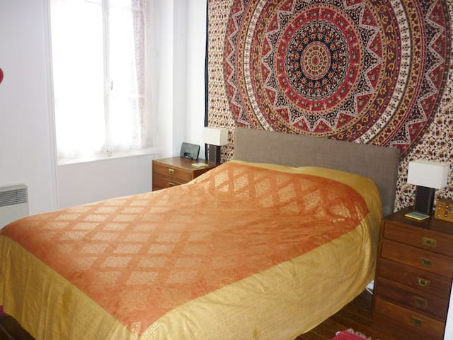 Double room in beautiful Gourgé near Parthenay
