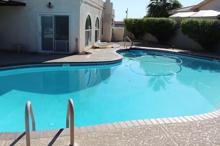 Lake Havasu City Home W/Pool and a Great Location
