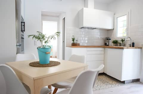 Quiet residential apartment  Castelldefels beach