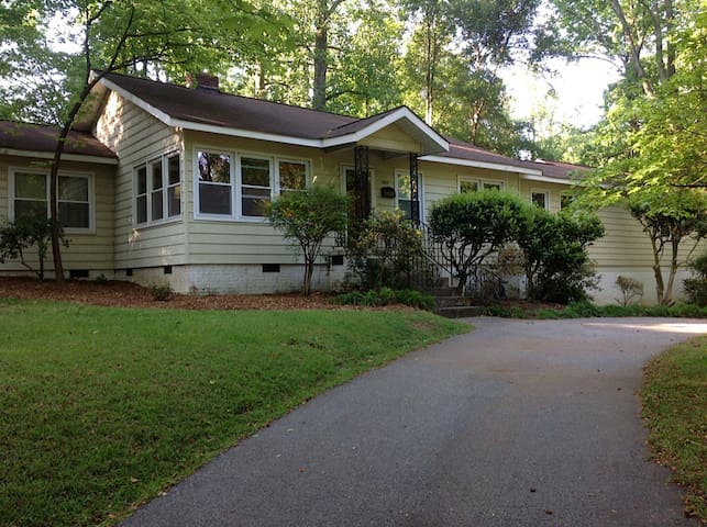 Large Home. In the city. Private with fenced yard.