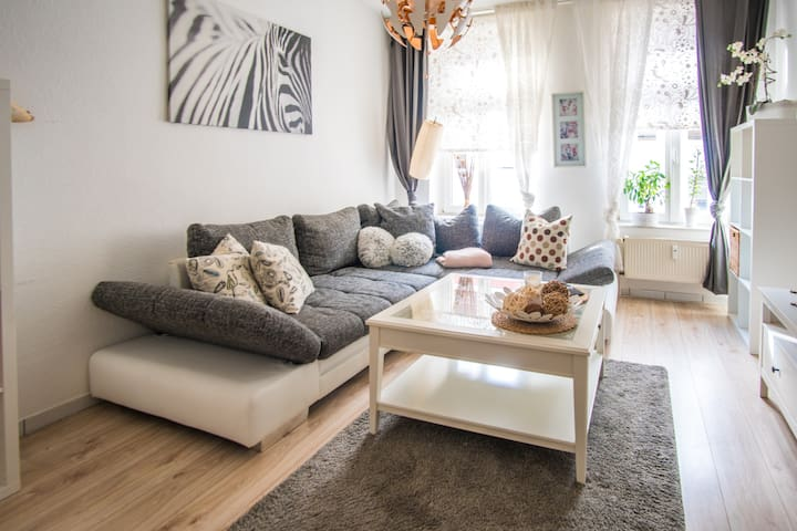 **Cozy Apartment in the East of Leipzig / 2 P**