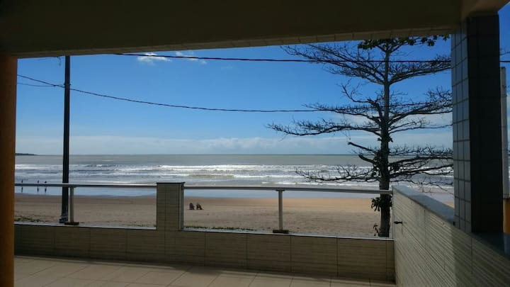 Casa de frente ao Mar Praia Grande ES Nova Almeida