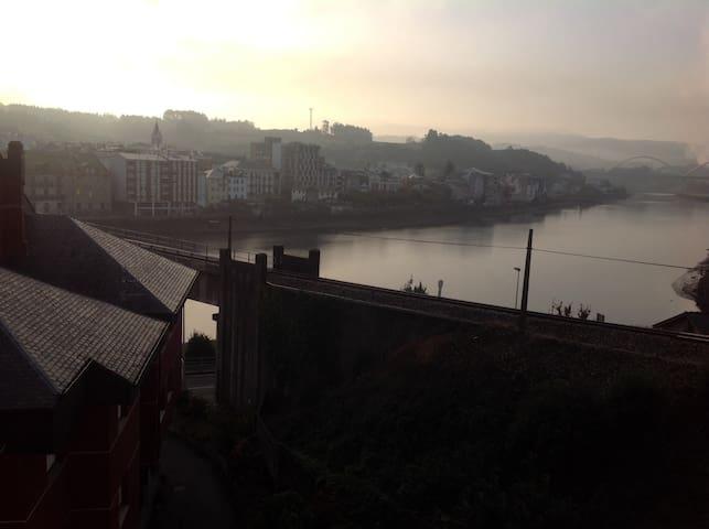 Apartamento con impresionantes vistas. Navia
