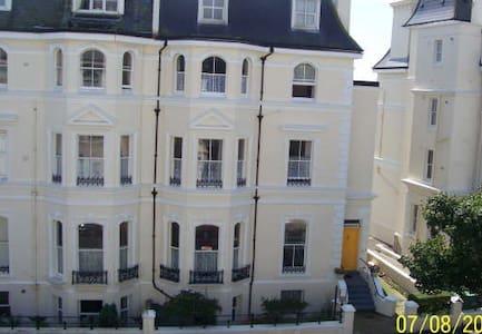 Westward Ho Hotel - Folkestone