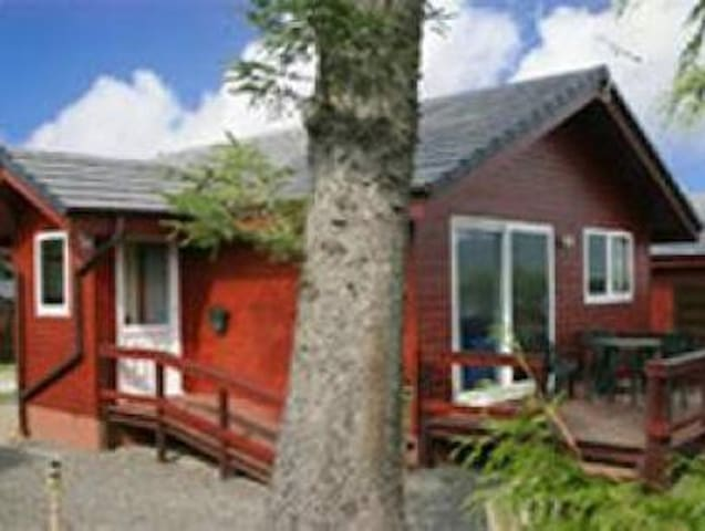 Heron Lodge, near Beeswing,Dumfries Sleep 4- 2 Bed