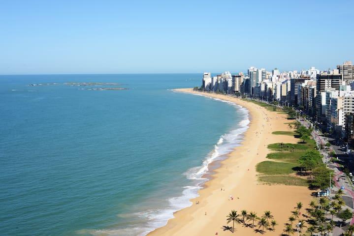 Flat na Praia da Costa - Ed. Quality Suites