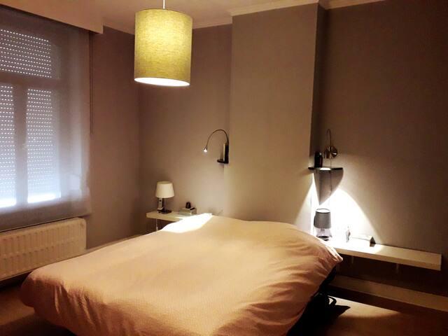 Chambre 1 (lit 160cm)