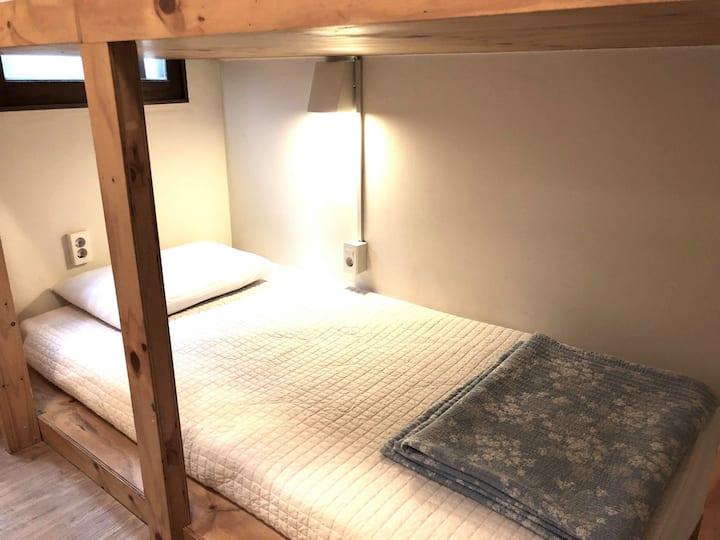 Female Dormitory(2), 여성전용,홍대입구500m,연트럴파크도보2분,공용화장실