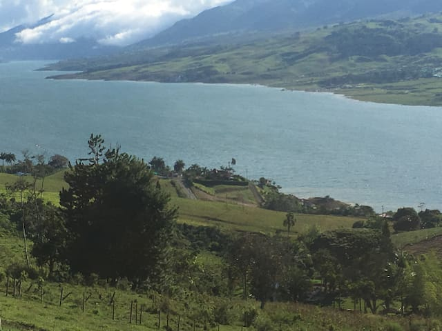 La cabaña del Lago Calima