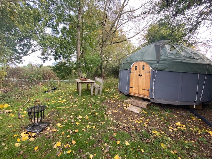 Yurt Yasmin - double bed & wood-burning stove