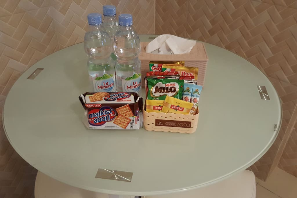 Free Snack, Coffe, Tea + Mineral Water