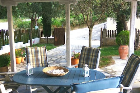 Villa Pefkochori Glarocavos