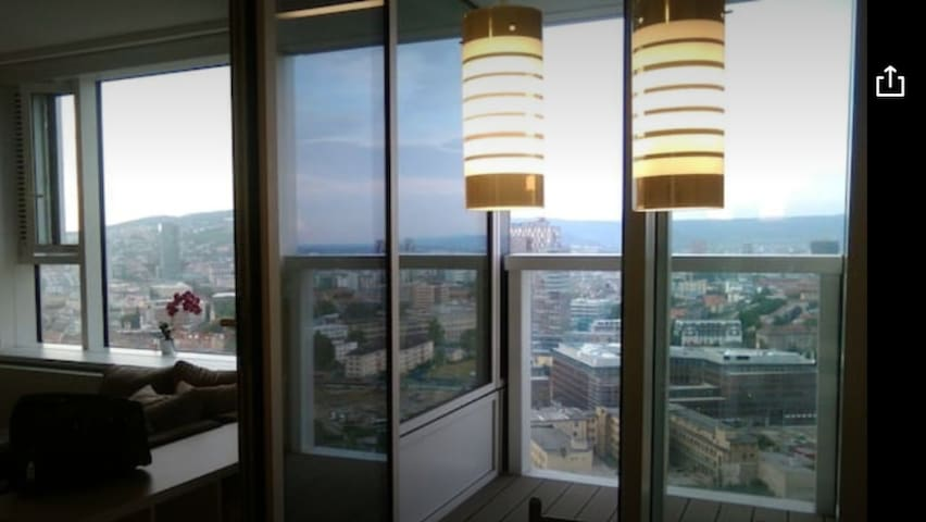 PANORAMAview/26thFloor!/LUXURY/Wifi/Parking - Bratysława - Apartament