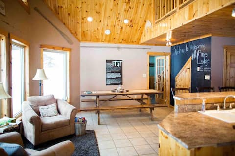 Whispering Pines Lodge| 10 guest|Snowmobile trail